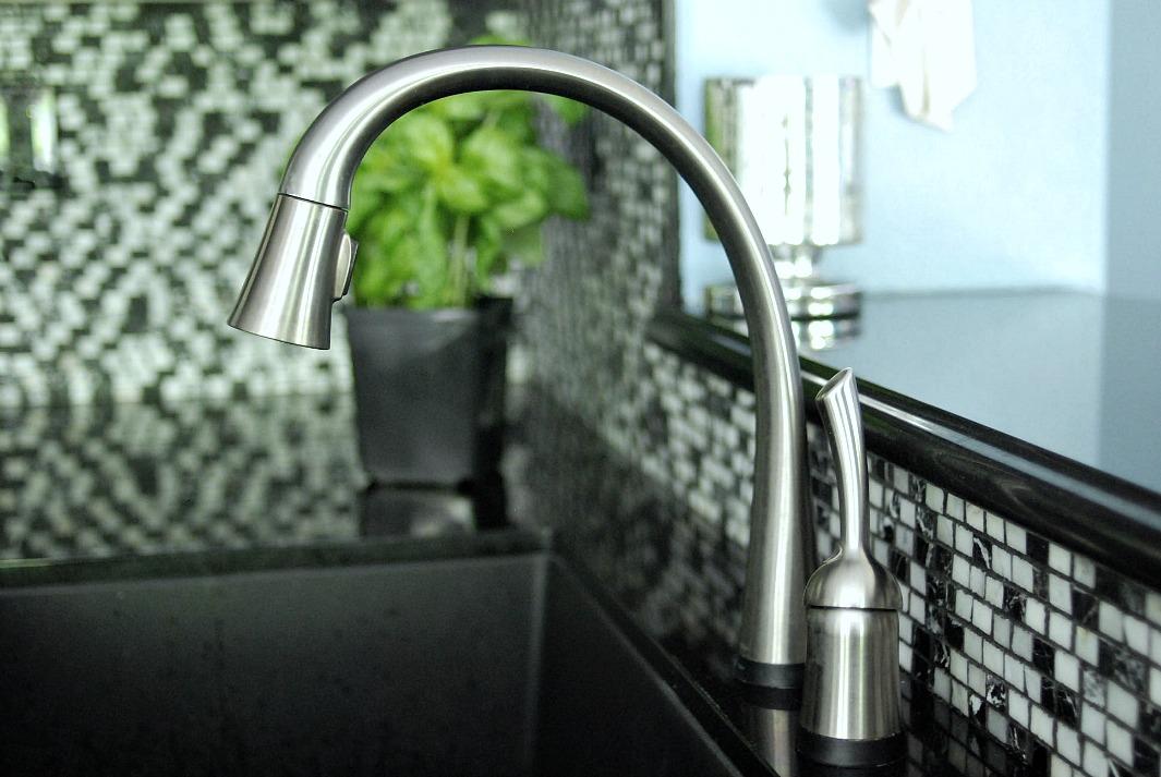 my favorite kitchen appliance a Delta Faucet