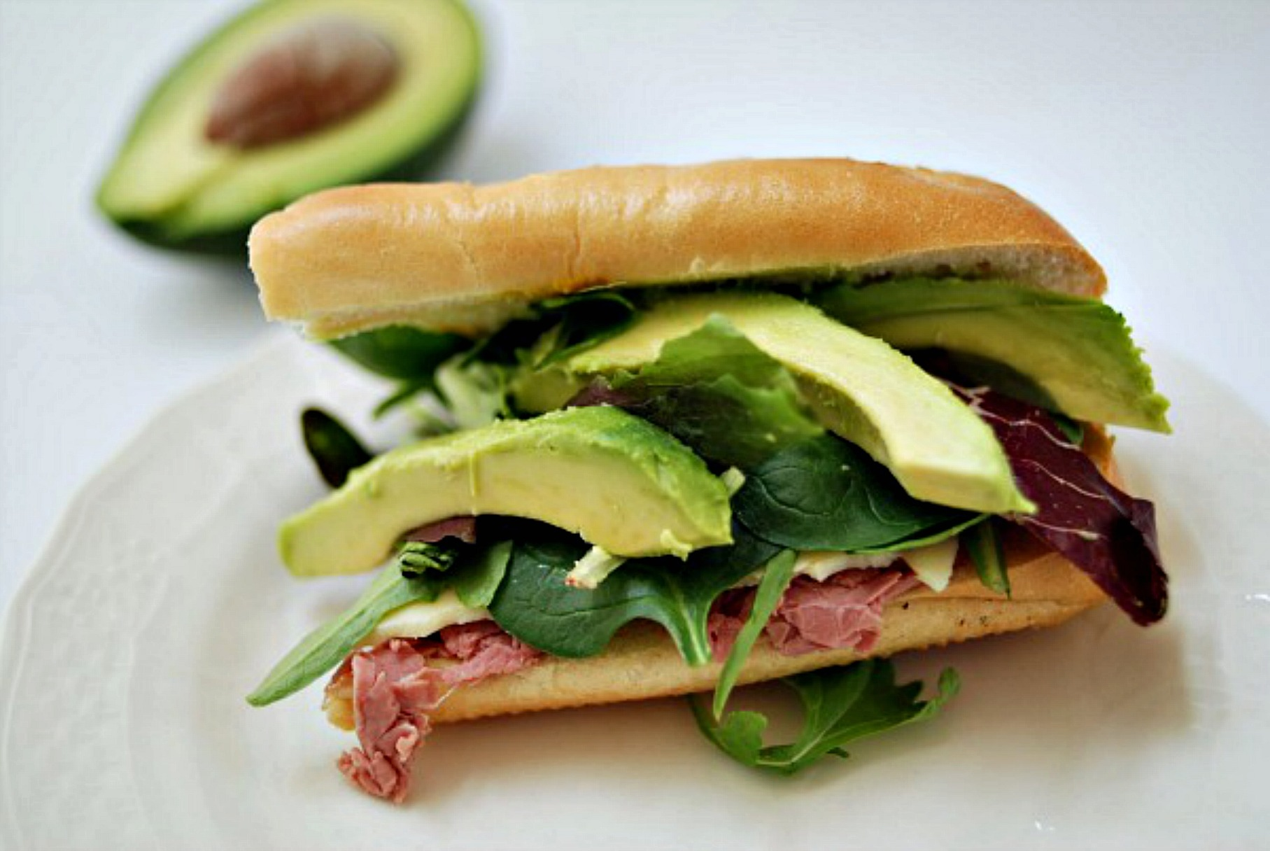 Roast Beef and avocado sandwich
