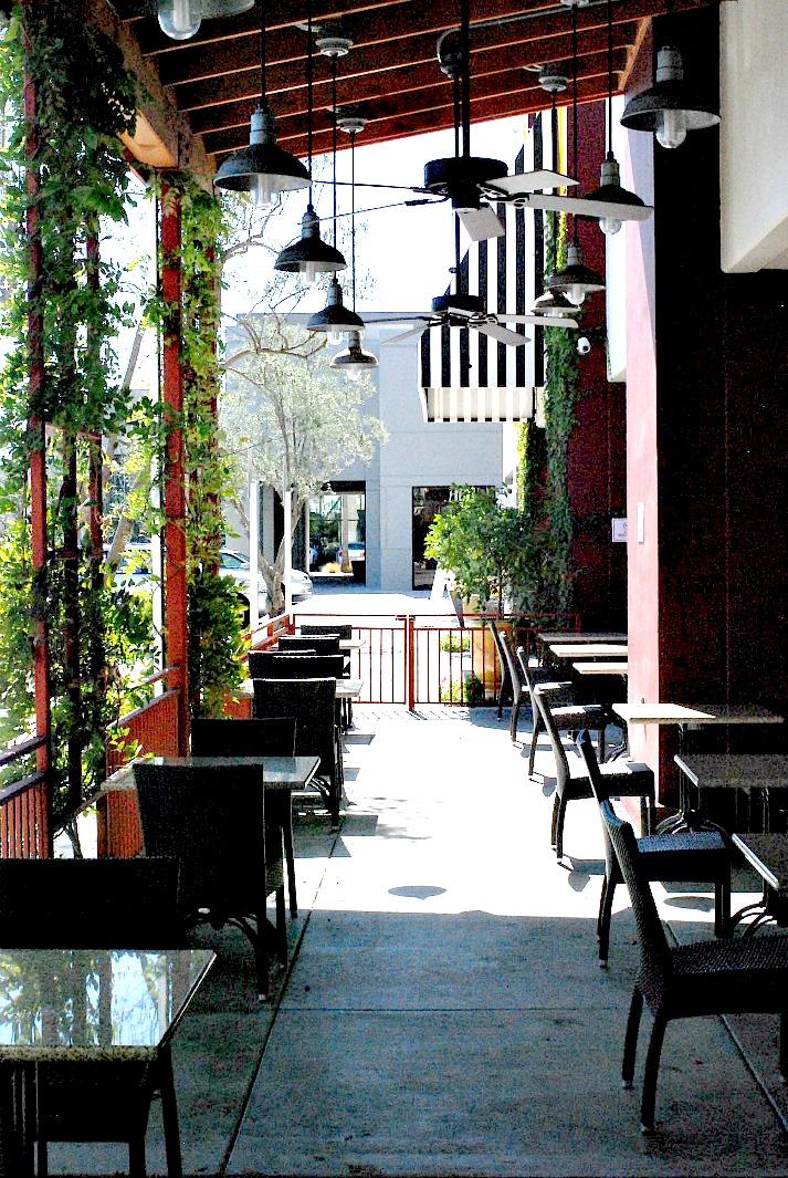 Surfas restaurant outdoor tables