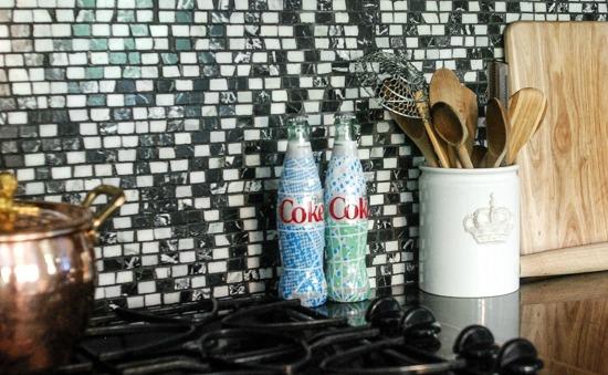 Coke, diet coke, pepsi, sprite, mountain dew, squirt, canada dry