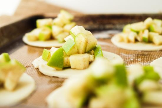 apple-cream-cheese-hand-pies