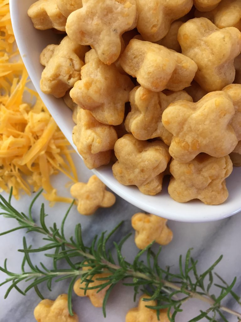 Homemade Rosemary Cheese Crackers